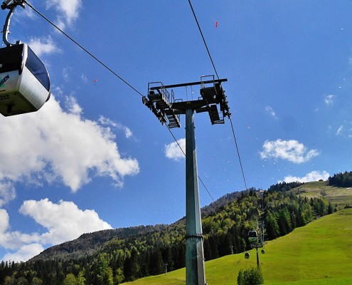 Bergbahn Hochkössen, Auffahrt mit der Gondel